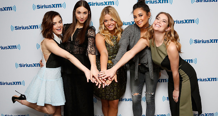 """Pretty Little Liars"" Cast"