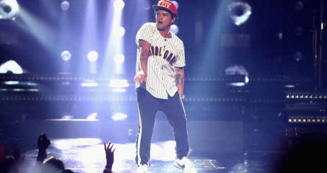 Bruno Mars BET Awards 2017 Performance
