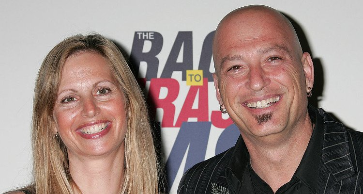 Comedian Howie Mandel and wife Terry Soil
