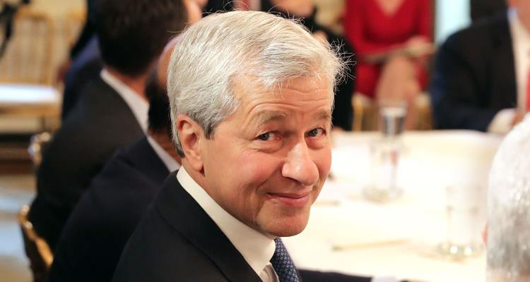 JPM tilts into the red after solid earnings beat