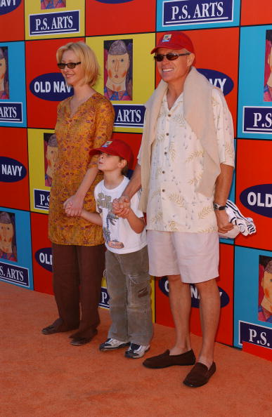 Lisa Kudrow, Michael Stern and son, Julian