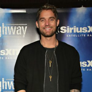 Brett Young S Wiki Age Wife Tour Songs 5 Facts To Know