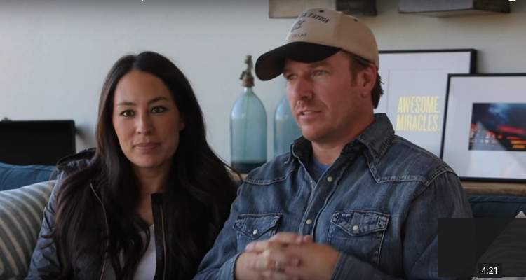 chip and joanna gaines net worth 2018 redesigning houses making a fortune along the way. Black Bedroom Furniture Sets. Home Design Ideas