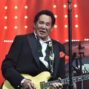 wayne newton nworth