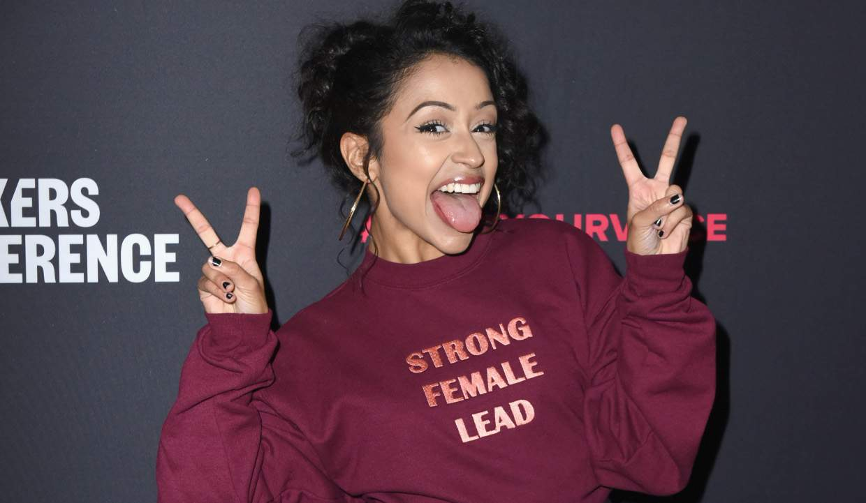Liza koshy s net worth in 2018 the little brown girl enjoying millions before turning 22 - Liza koshy the giving key ...