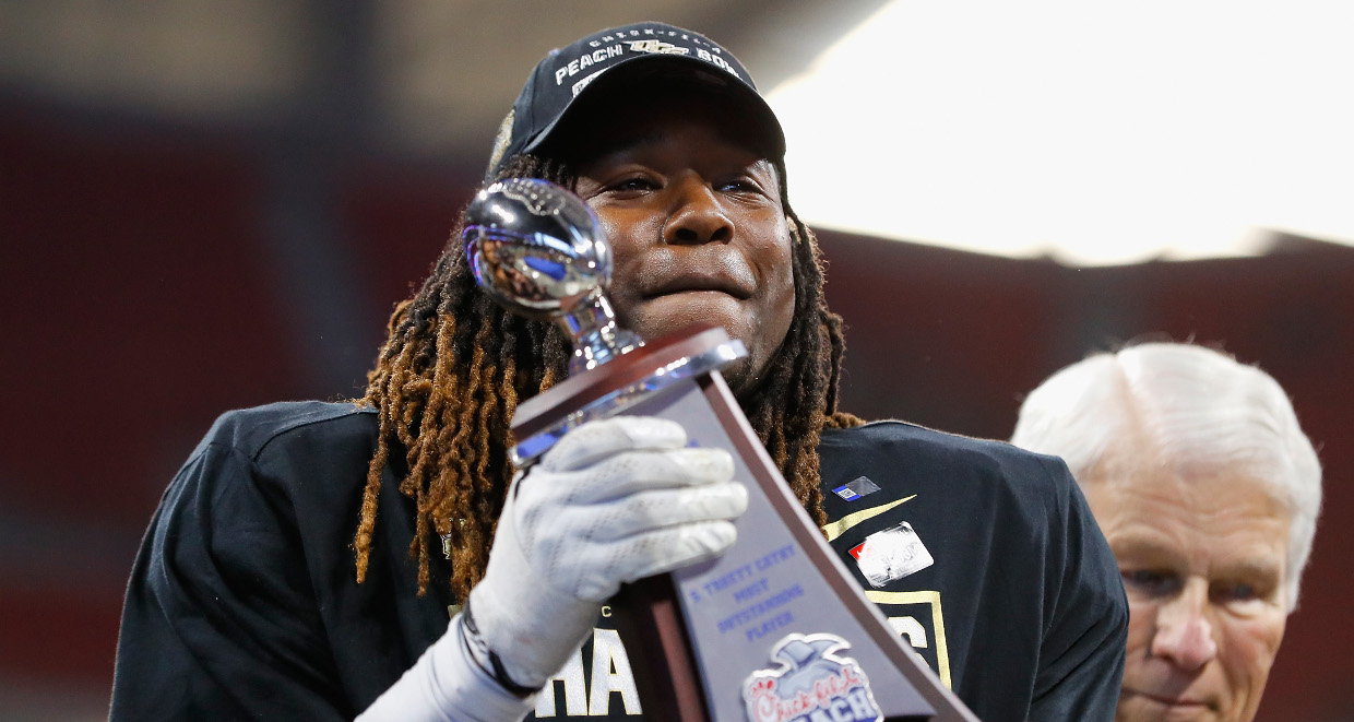 What Happened to Shaquem Griffin s Hand  How Did Shaquem Griffin Lose His  Hand  7ca821d9f