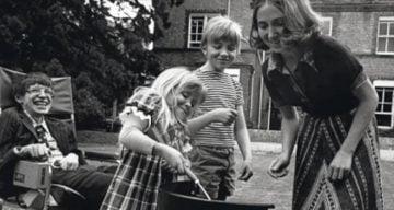 Stephen Hawking children