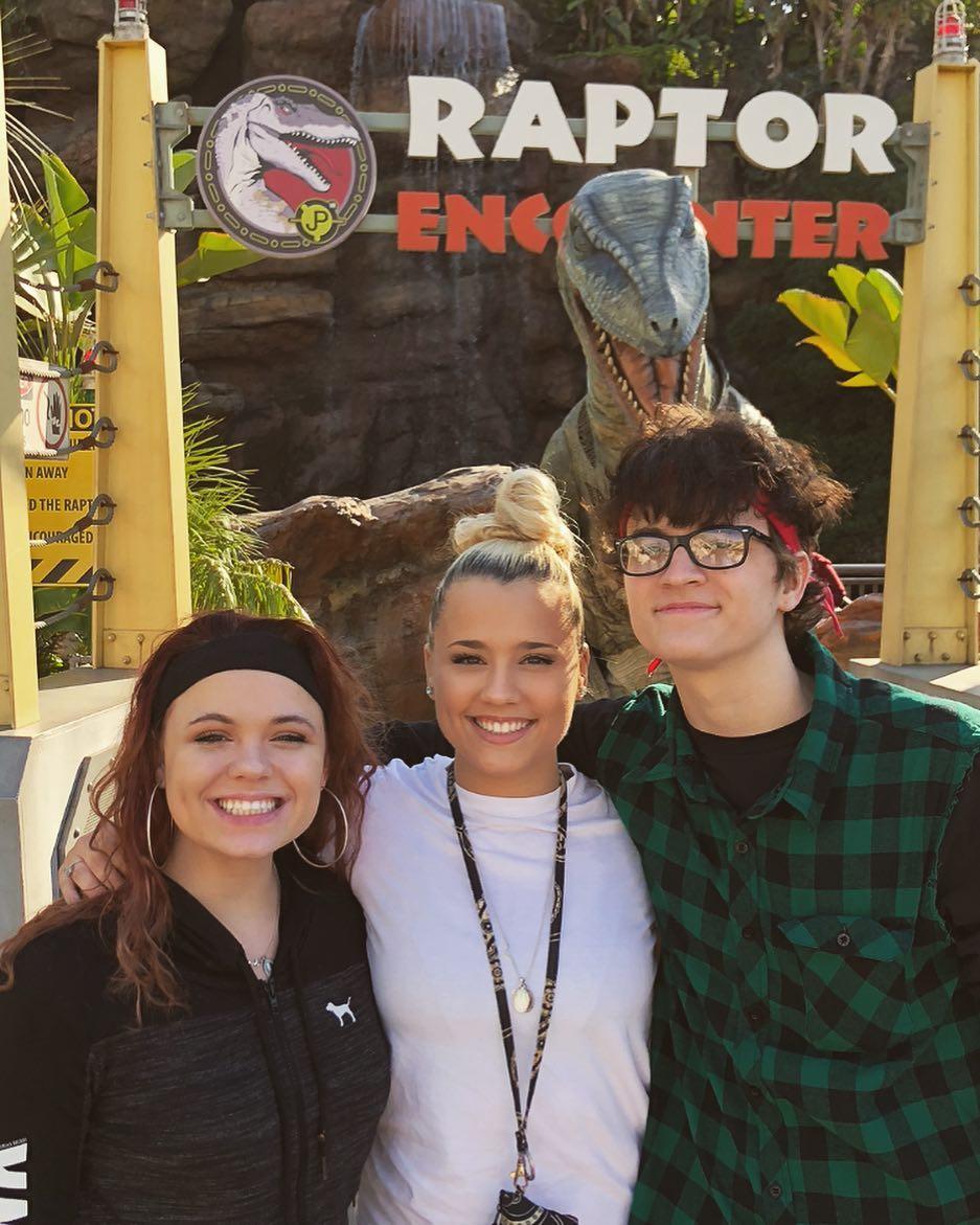 Gabby Barrett with friends