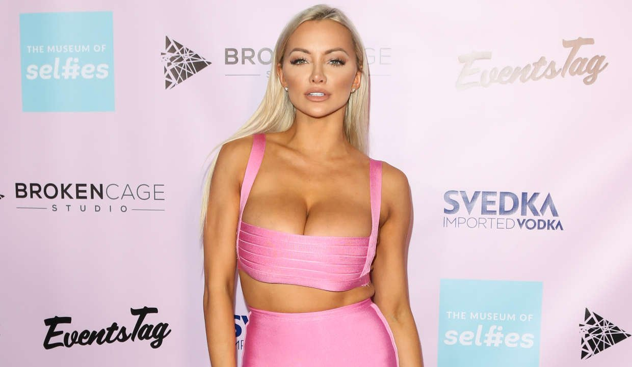 Hottest Lindsey Pelas Photos Of All Time Right Here