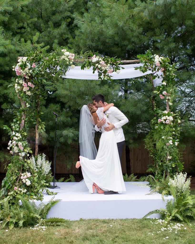 Nev Schulman and Laura Perlongo on their wedding day