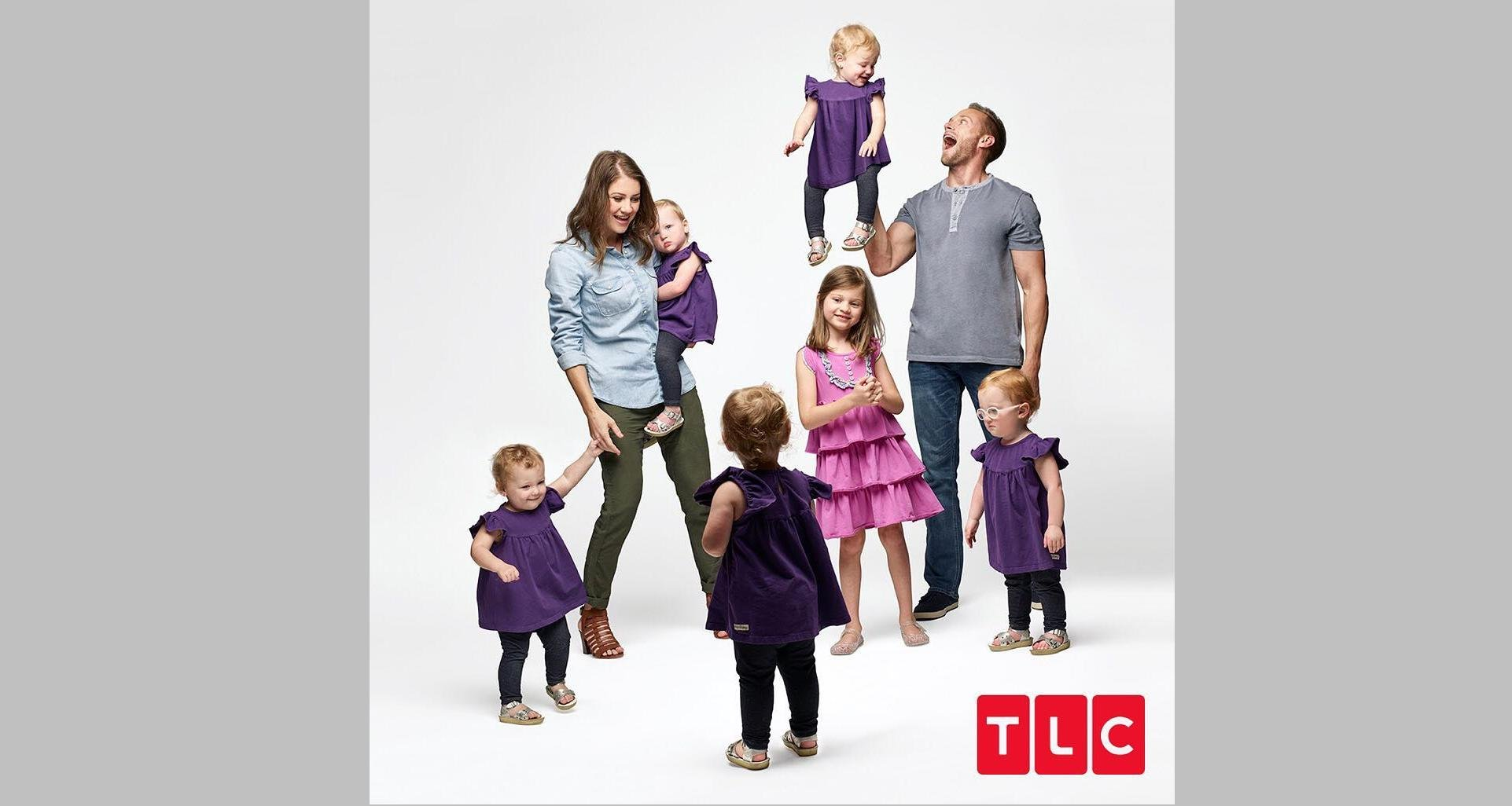 Outdaughtered the busdy