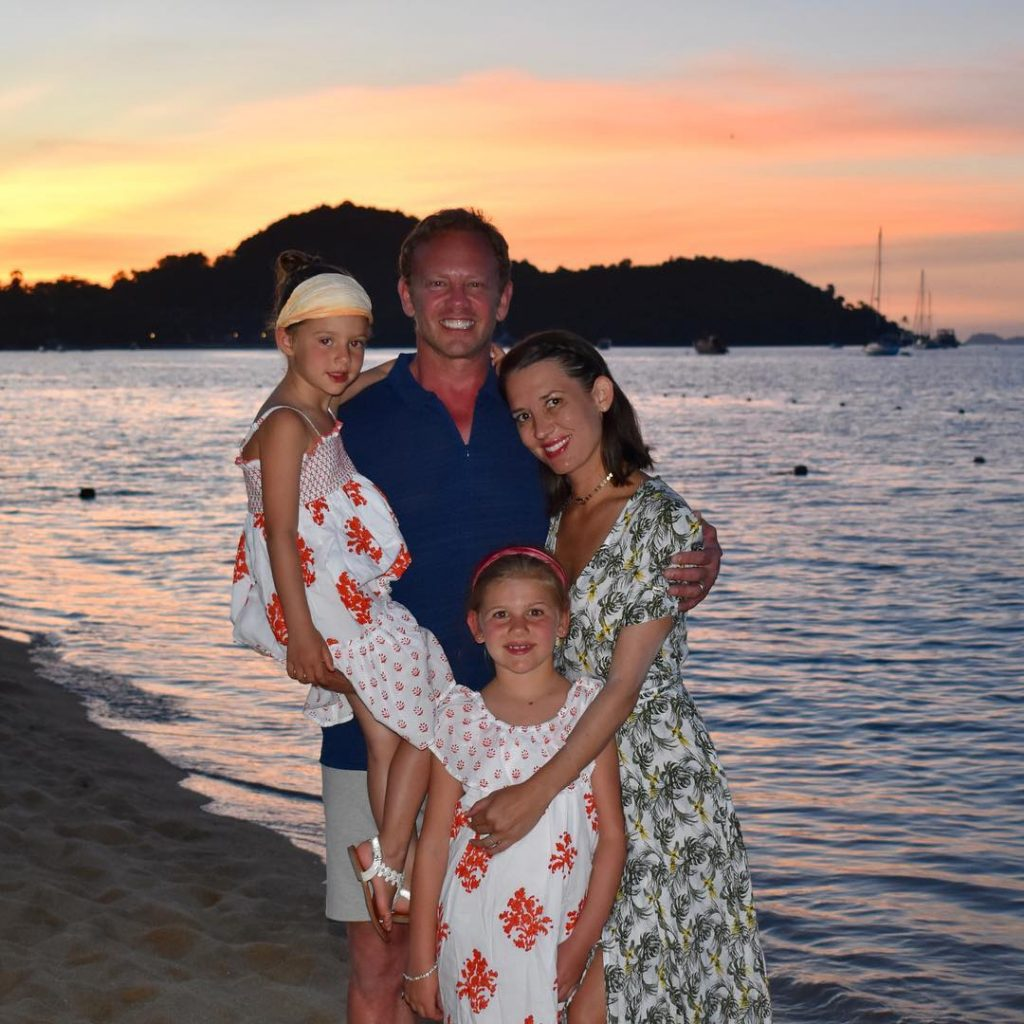 Erin Kristine Ludwig with husband, Ian Ziering and thier kids