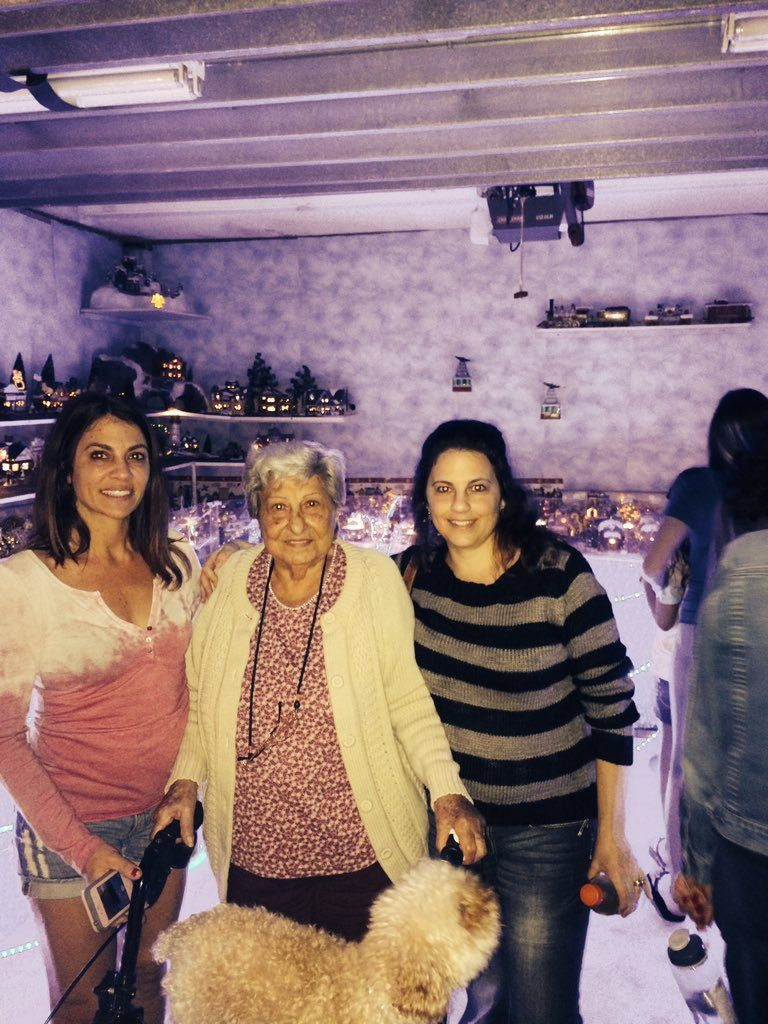 Laura Giaritta with her grandmother and sister, Renee. Giaritta