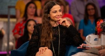 Justine Bateman looks old