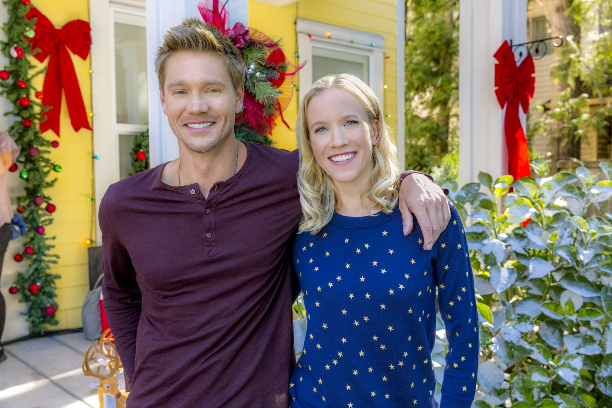 hallmark channels road to christmas cast plot synopsis - All About Christmas Eve Cast