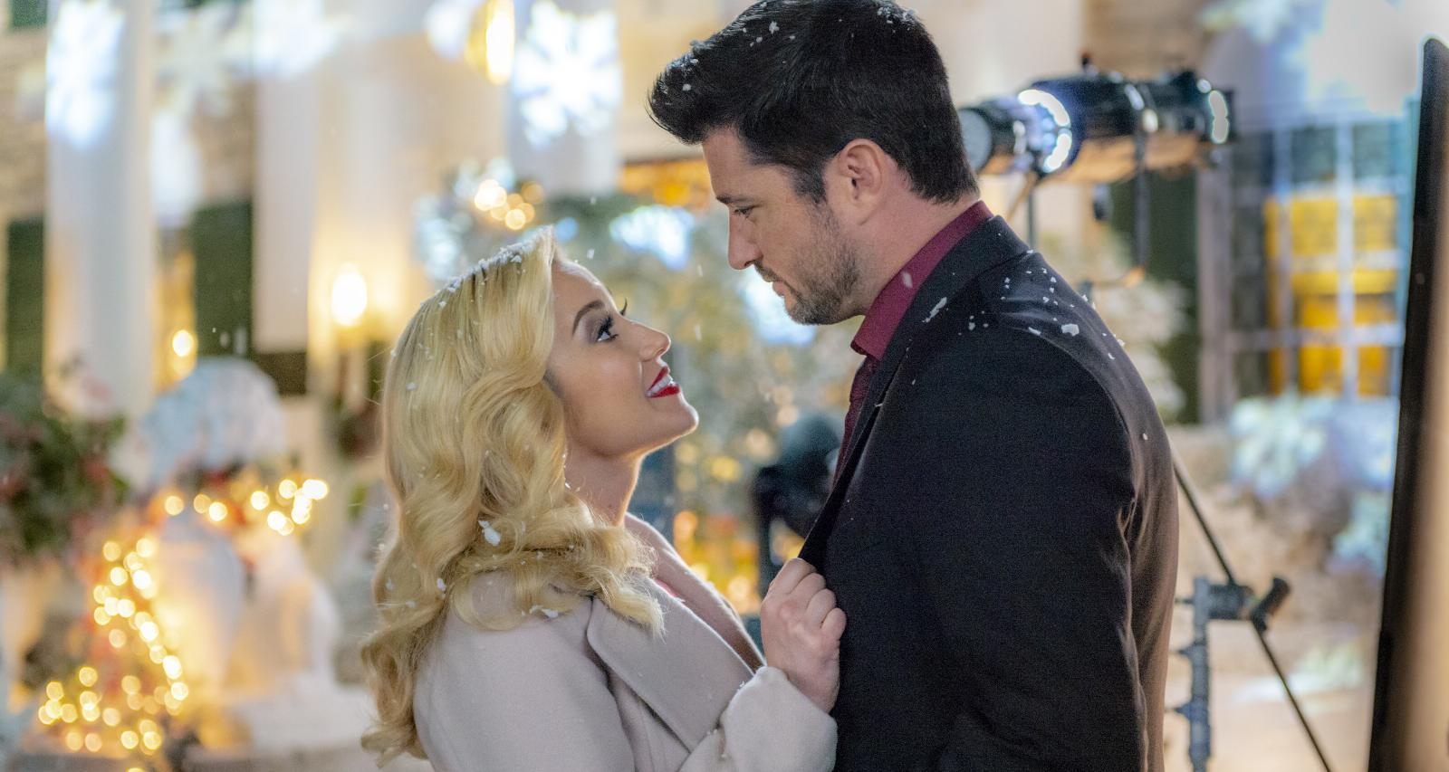 "Hallmark Movies\' ""Christmas at Graceland"": Cast & Plot"
