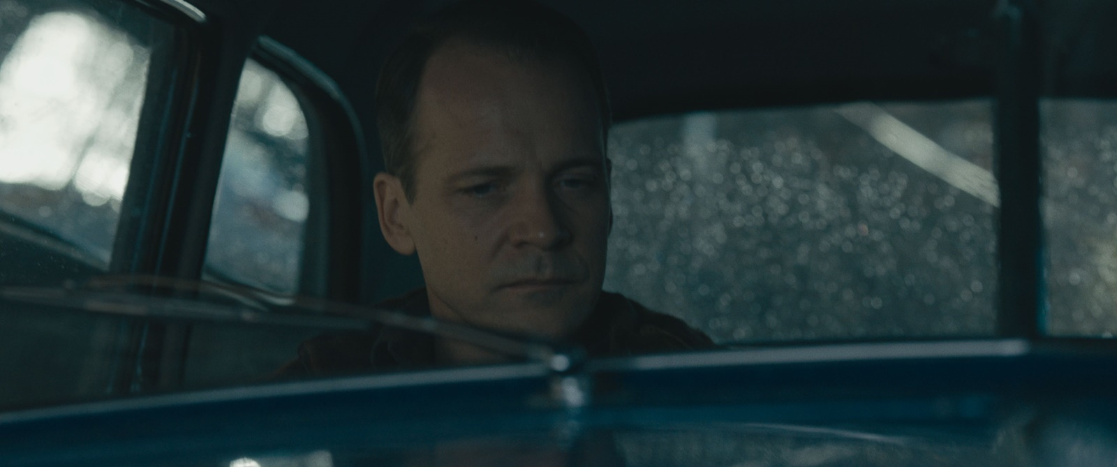 Peter Sarsgaard in Netflix's Wormwood