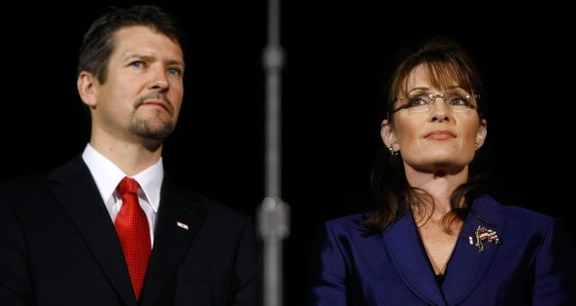 Sarah and Todd Palin Net Worth 2019: Former First Couple of Alaska Divorce
