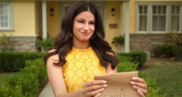 """Richa Shukla Moorjani Wiki, Age, Family, Parents, Husband, Ethnicity, Wedding, Education, Height, and Facts About the Actress Playing Kamala on """"Never Have I Ever"""""""