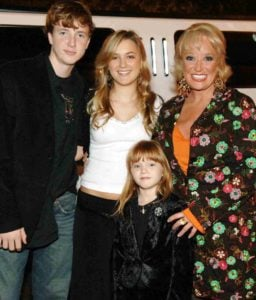 Tanya Tucker with her children Grayson Tucker, Presley Tucker and Layla Tucker